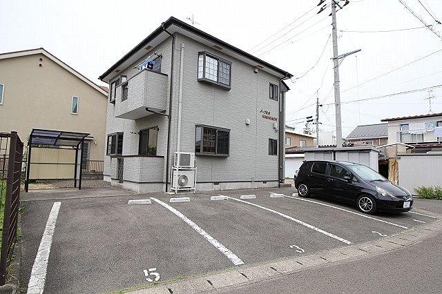 ノーブルS・NAGAMACHI 駐車場