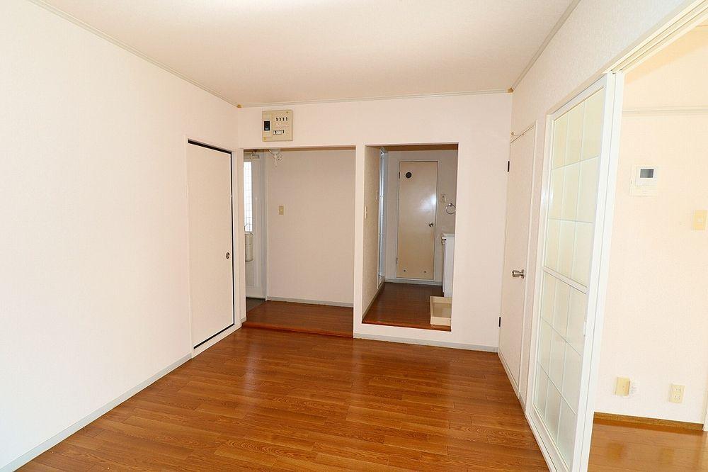 玄関、洗面所入口