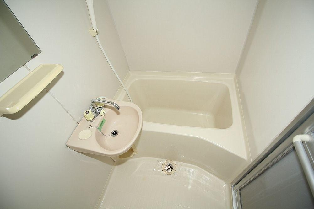 洗面ボール付き浴室