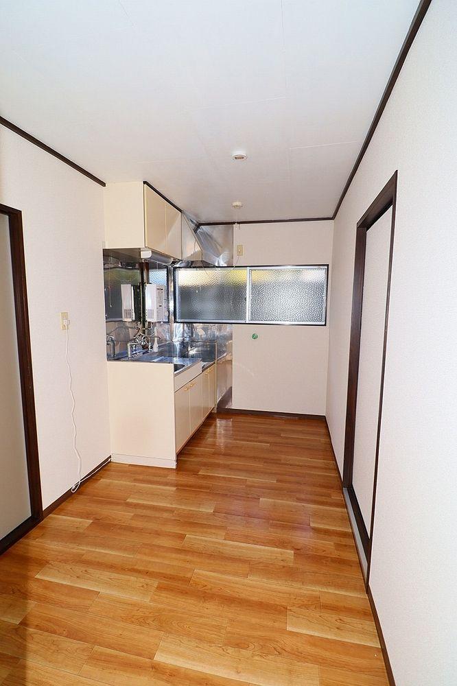 収納スペースが広いキッチンはうれしいポイント!