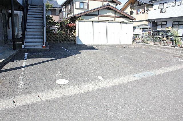 駐車場・物置