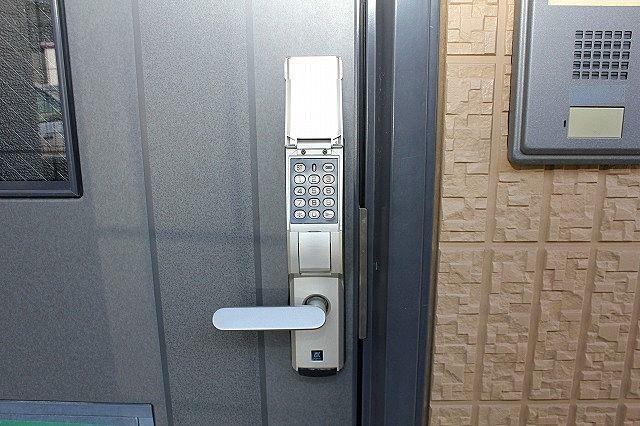 デジタルキー対応 玄関鍵持ち歩き不要 暗証番号で開錠