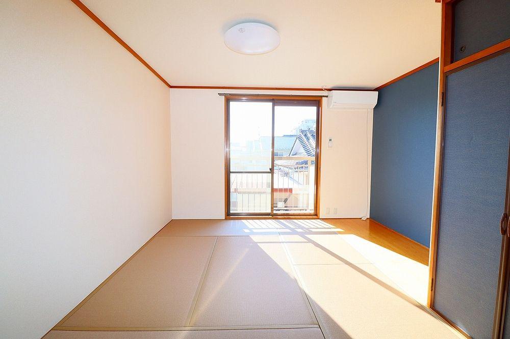和室 ダイケン畳を使用しています
