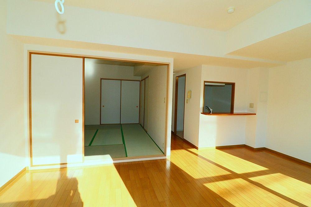 和室一体利用で19帖のお部屋として利用もできます