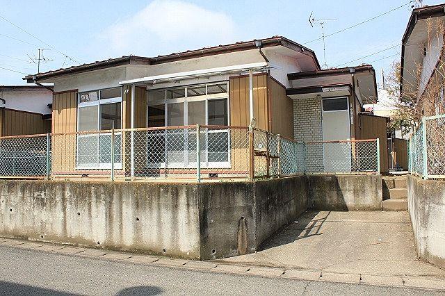 泉崎2丁目小池貸家 B 東南側外観