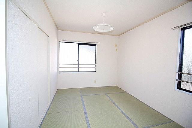 北和室 床が柔らかい和室はお子様の遊び部屋としてもおすすめ