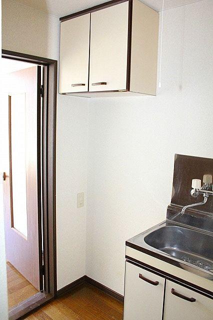 冷蔵庫置場+収納