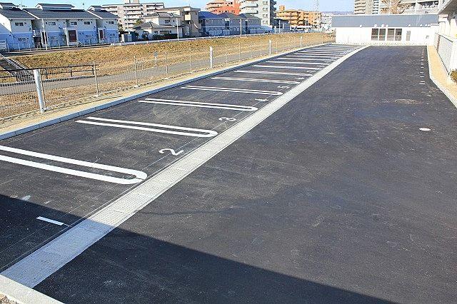 駐車場の区画