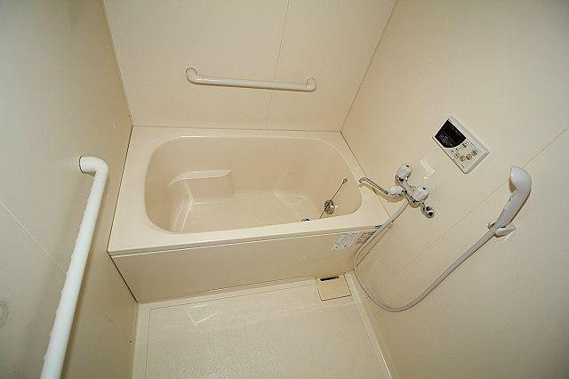 寒~い冬の必需品!追焚機能付き浴室!