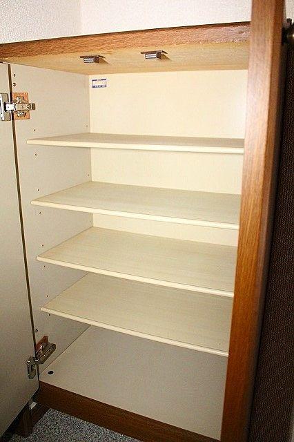 下駄箱で片付いた玄関をキープ