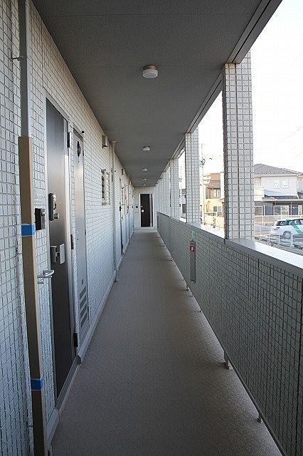 GLORIA 共用廊下