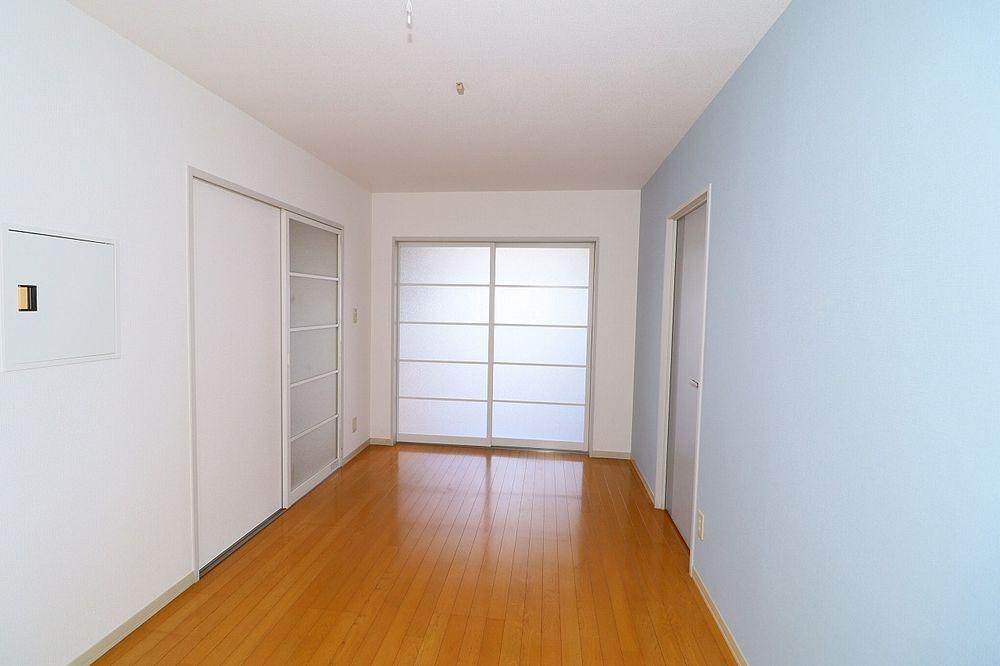 仕切り戸を閉めれば独立したお部屋