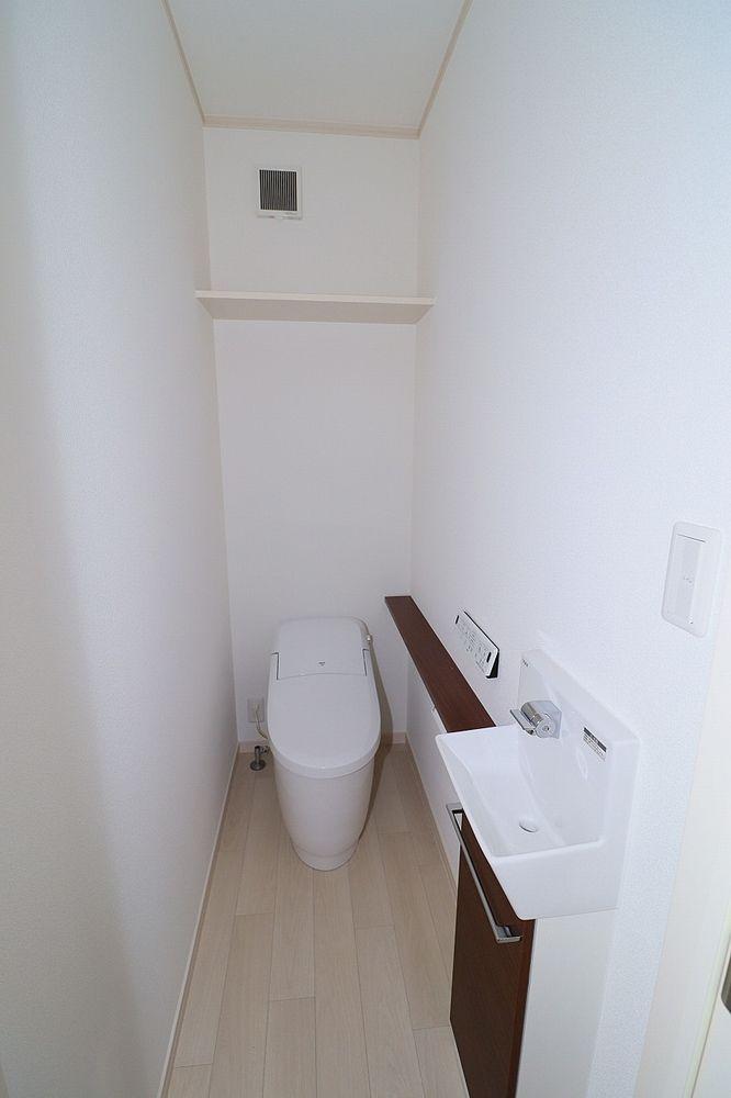 トイレはフルオート便座洗浄 節水トイレ
