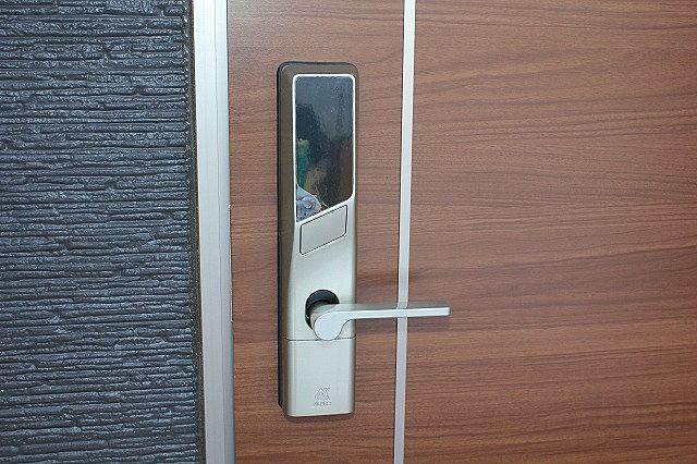 デジタルキー対応 鍵を持たず、暗証番号で開錠