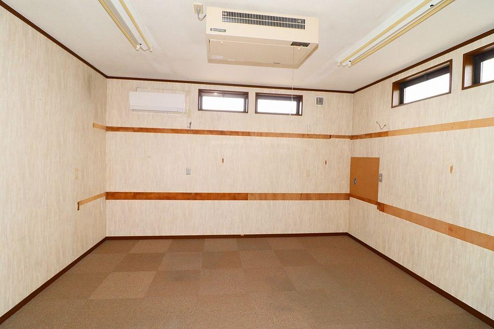 2階9帖洋室