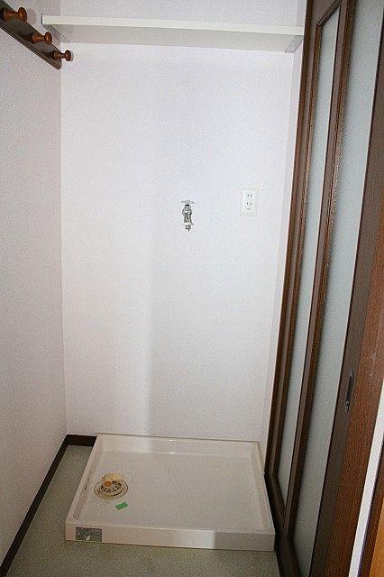 洗濯機置き場 上部棚付き
