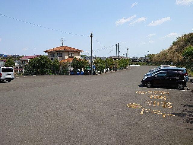 無料駐車場 桜の季節は混みそう