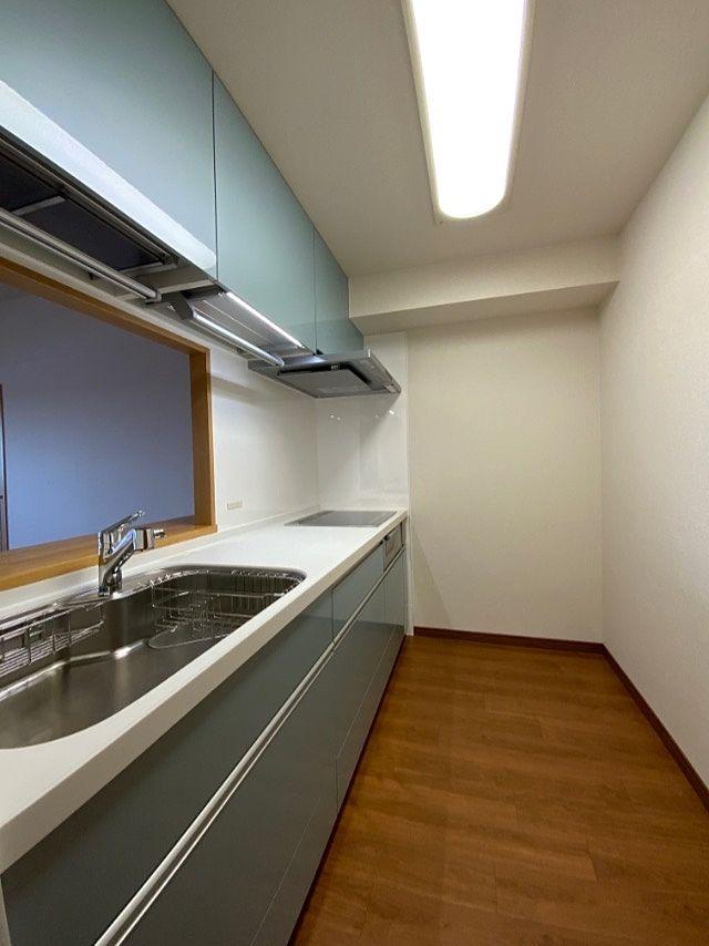 システムキッチン(クリナップ STEDIA ステディアシリーズ)の写真3枚目