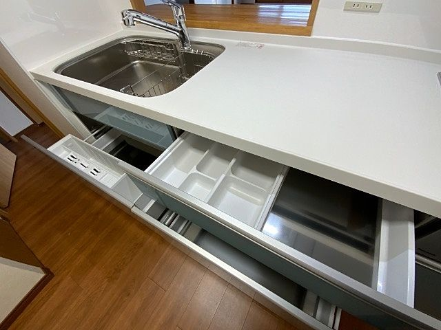 システムキッチン(クリナップ STEDIA ステディアシリーズ)の写真6枚目